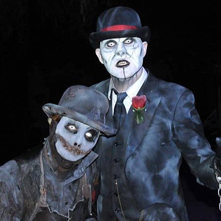 Knotts Scary Farm Halloween Chevy